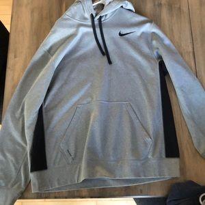 men's large gray nike sweatshirt